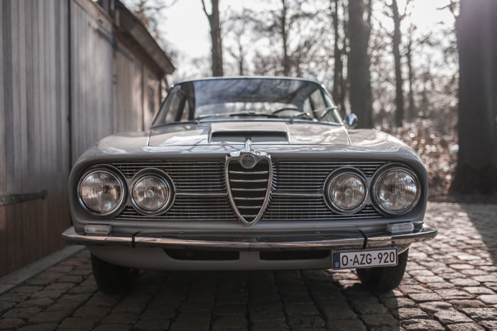 Alfa Romeo 2600 Sprint Coupé, 1964. Photo: Catawiki