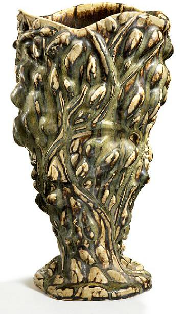 Liksom den fenomenala vasen av Axel Salto, danmarks främste keramiker