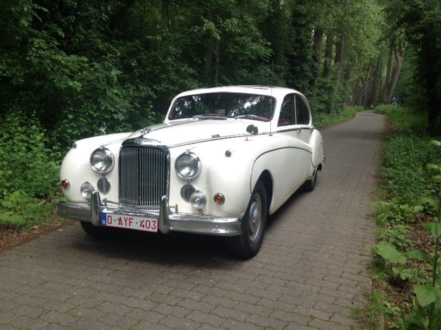 Jaguar, MK IX Saloon, 1960. Utropspris: 326 000 - 436 000 kronor.