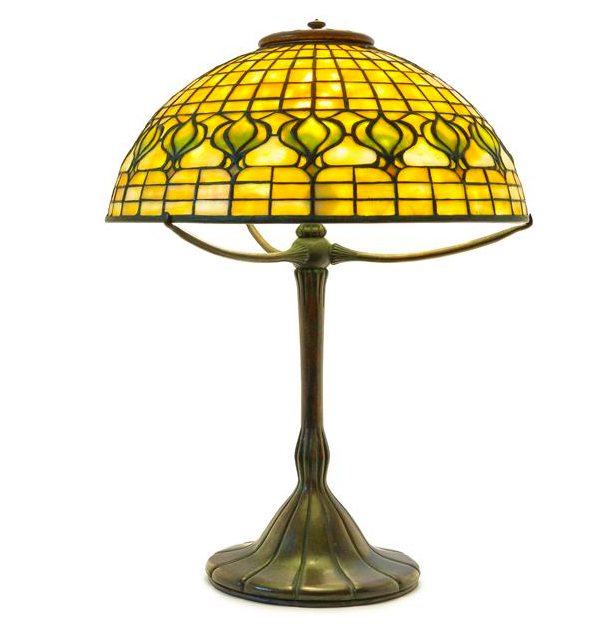 A Tiffany Studios Favrile Glass and Bronze Pomegranate. Low estimate: 10 000 USD. Leslie Hindman Auctioneers.