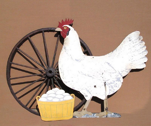 Hen with Eggs and Wagon Wheel Sculpture peinte RoGallery