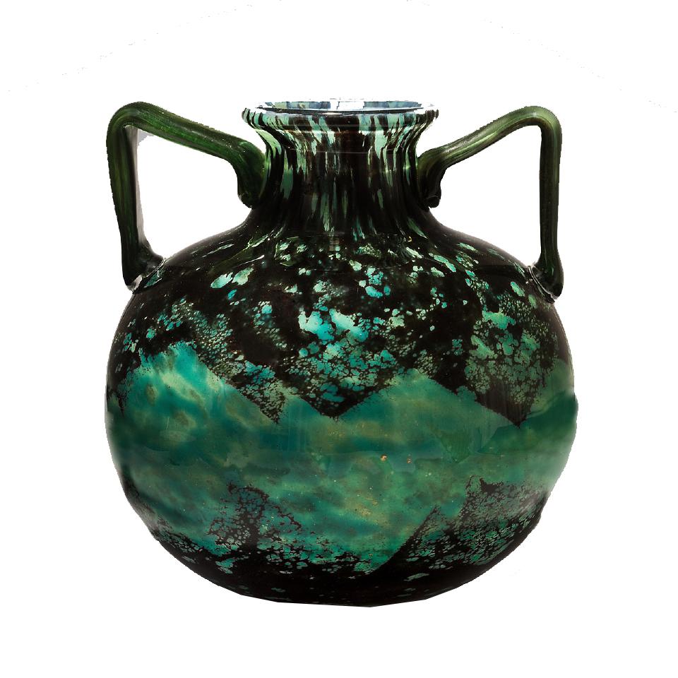 Vase boule à haut col et anses angulaires en verre nuagé vert et noir Signé Daum Nancy France Entre 1919 et 1925 Art Tibermont