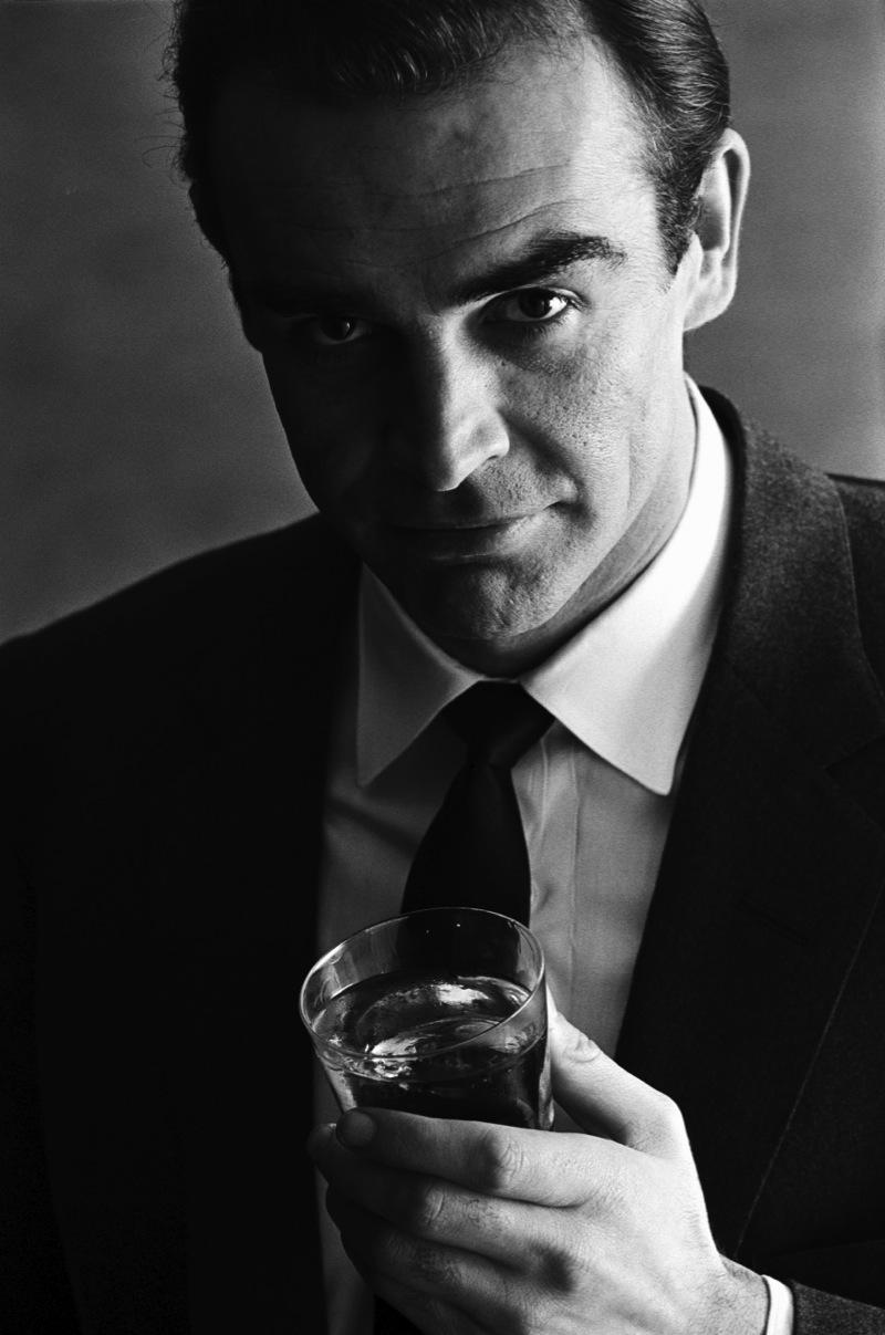Terence Donovan, Sean Connery (1962) Utropspris: 30 200 SEK Sotheby's