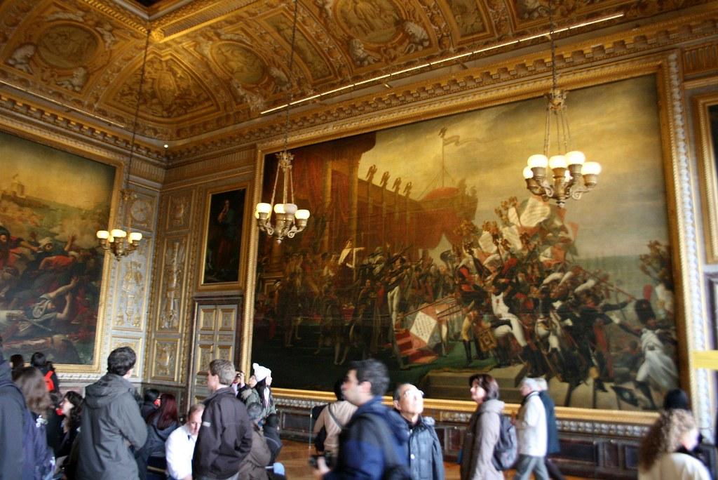 La Distribution des Aigles dans la Salle du Sacre à Versailles, image via Flickr