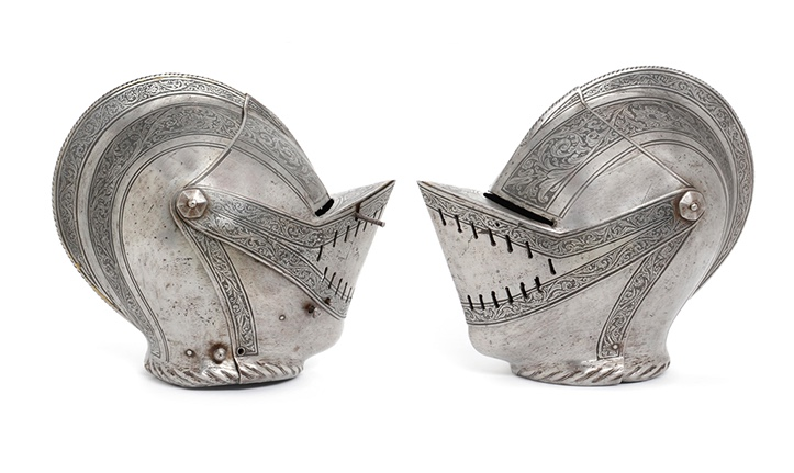 Geschlossener Helm mit Floralätzung, deutsch um 1550