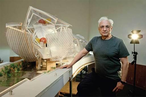 Frank Gehry själv