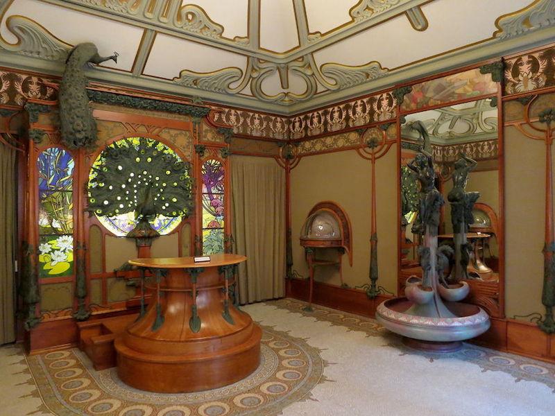 Alphonse Muchas inredning i Art Nouveau som ritades till Georges Fouquet juvelerarbutik på 6 rue Royale i Paris finns idag på Carnavalet Museum