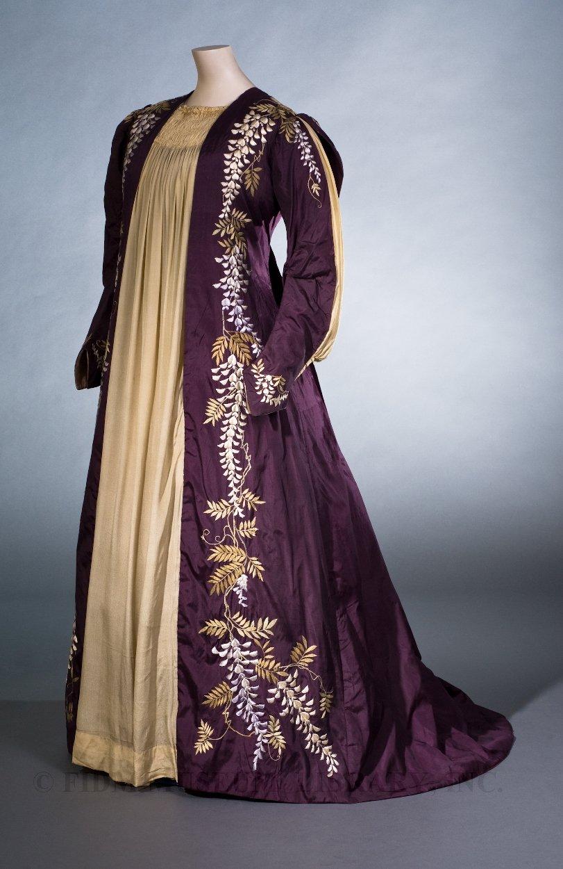 Unknown Artist, Tea Gown, 1887-89. Photo: FIDM Museum Blog