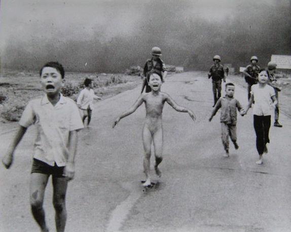NICK UT. 'The terror of war'. Fotografía. Vietnam (1972)