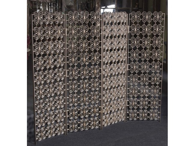 Biombo de hierro forjado diseño de Rafael García (años 70)