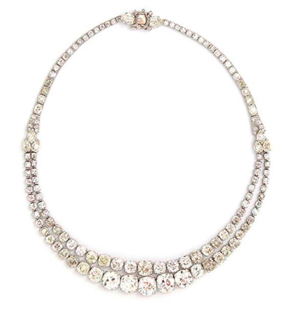 Collier diamant par Cartier, vers 1930 Estimation basse: 97 600 €