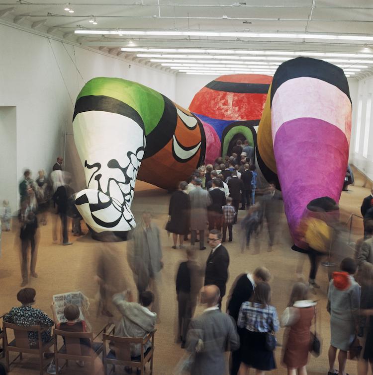 """Troligen Moderna Museets mest banbrytande och betydelsefulla utställning """"Hon, en katedral"""" 1966"""