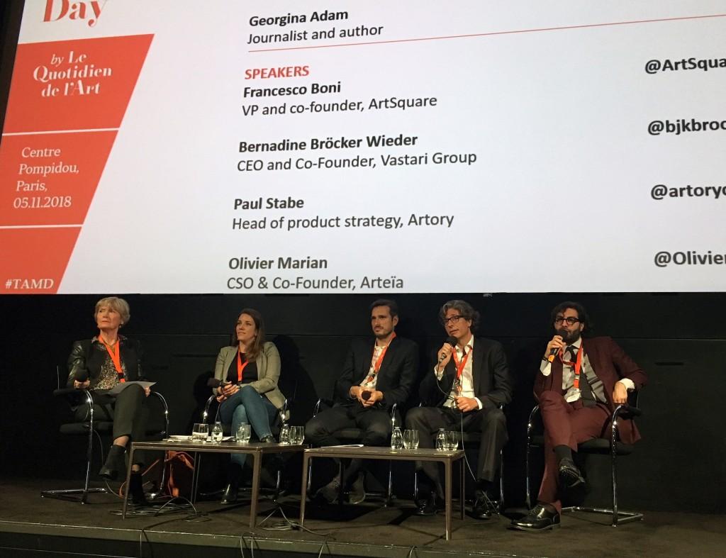 Georgina Adam et son panel d'intervenants sur « La blockchain dans le marché de l'art : que va-t-il vraiment se passer ? »