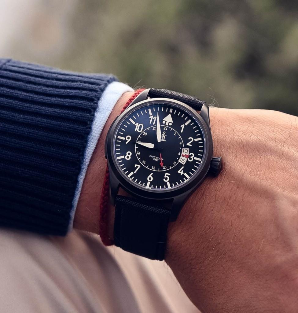 Todays Wristshot: Monchard Skytoucher GMT, matte black PVD.