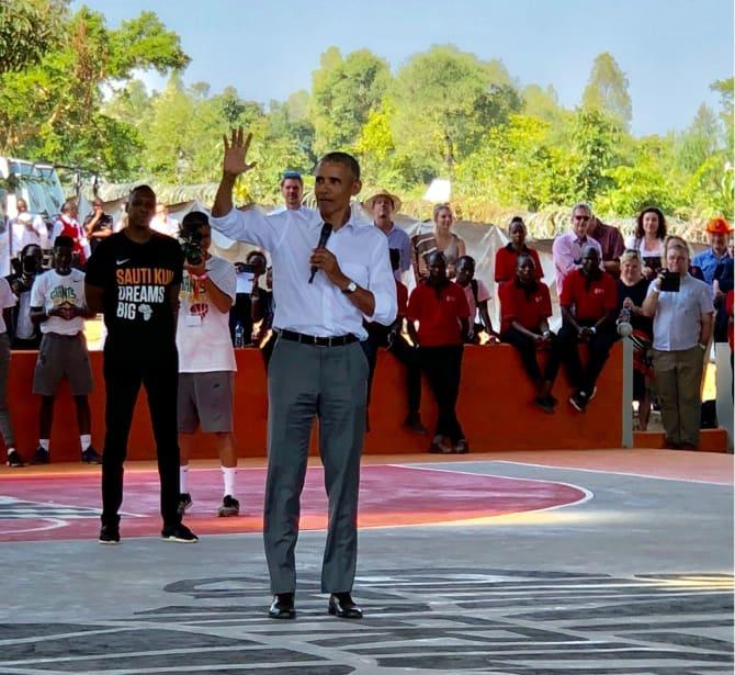 Barack Obama bei der Eröffnungsfeier des neuen Zentrums von Sauti Kuu im Juli 2018 | Foto: Eppli