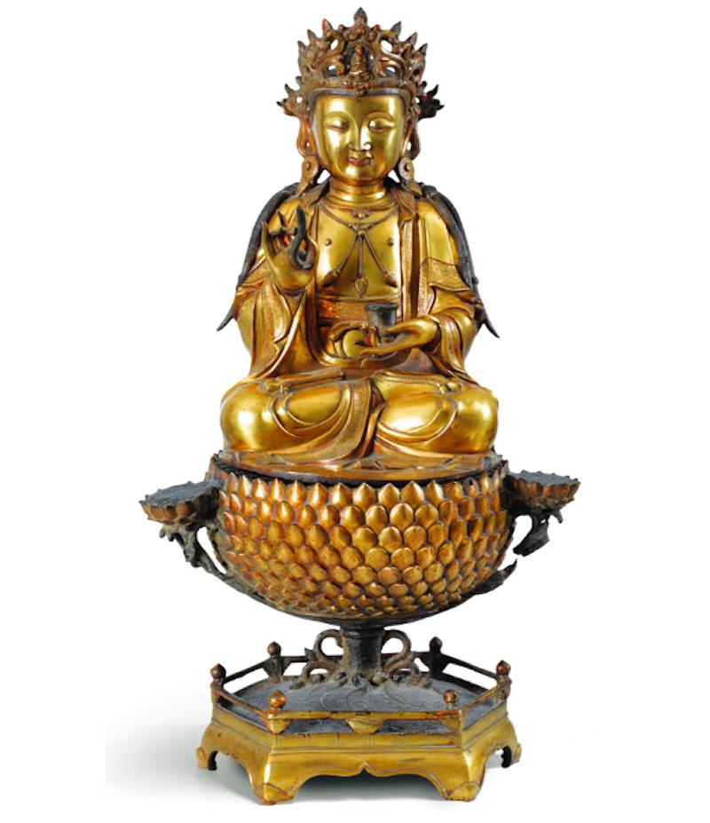 Guanyin staty, förgylld brons, Mingdynastin. Värdering: 250.000 - 350.000 €