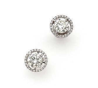 Paire de clous d'oreilles diamants