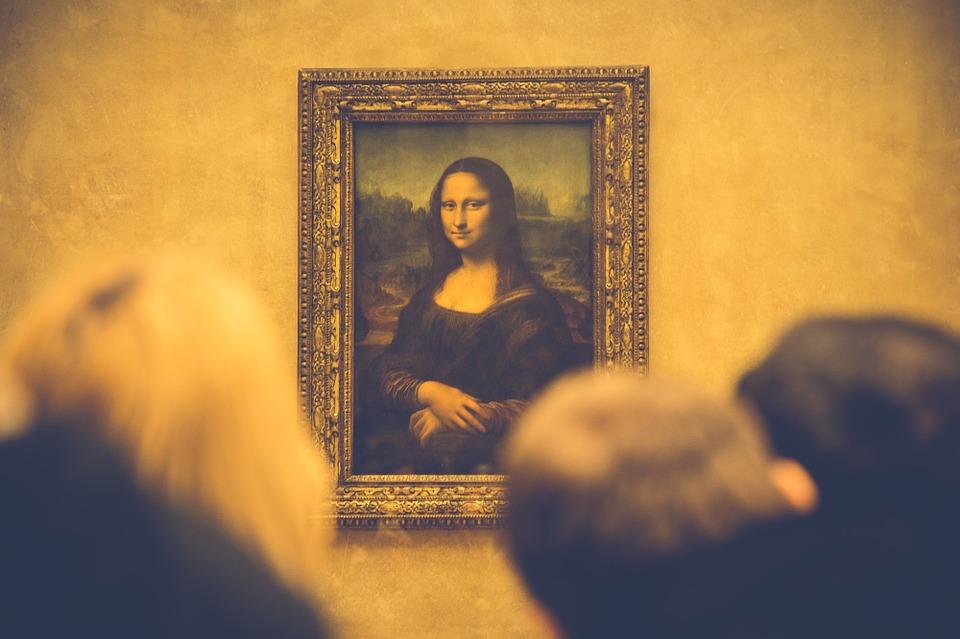 Hält locker dem Blick aus 8,1 Millionen Augenpaaren stand: Leonardo da Vincis Mona Lisa im Louvre