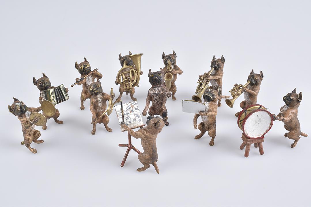 WIENER BRONZE - Hundekapelle, 12 Teile