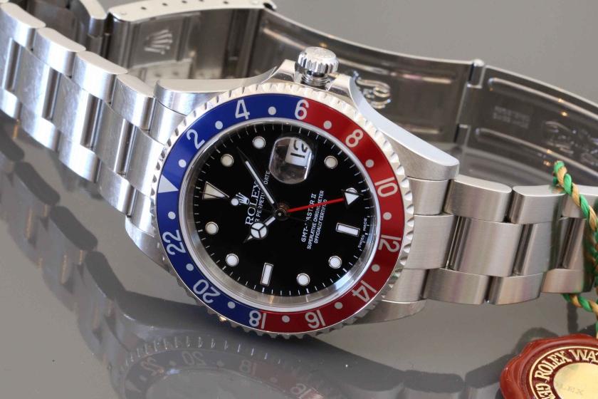 Rolex, Oyster Perpetual Date, Gmt-Master II, aka Pepsi, Ref 16710T