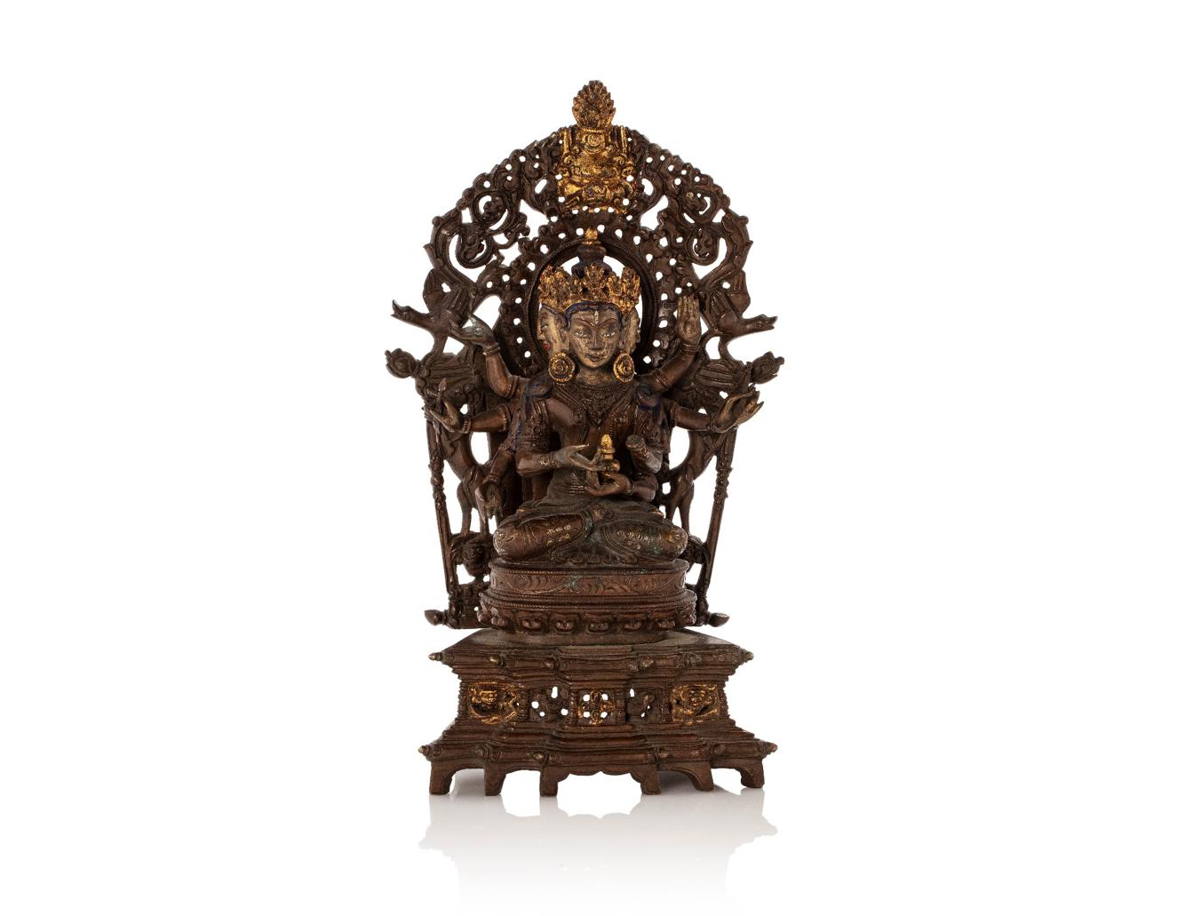 中国西藏二十世纪 铜鎏金尊胜菩萨像 - H. 22,5 cm - 估价 2500-3000€