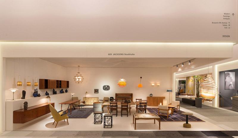 Den svenska designhandeln Jacksons är en av tre svenska utställare på TEFAF i Maastricht. Här visas i huvudsak unika eller sällsynta alster av skandinaviska formgivare.