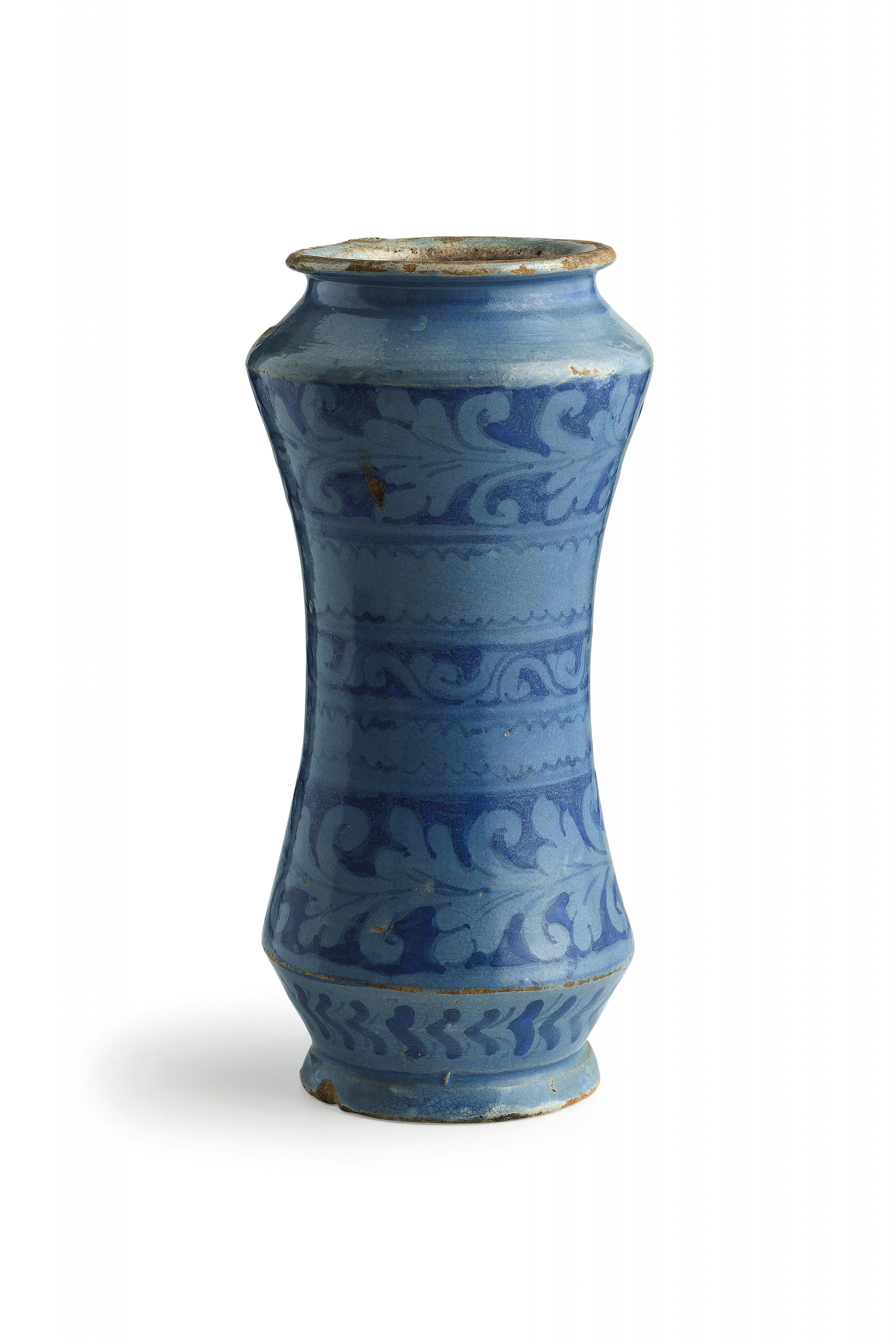 A pharmacist's vessel from Caltagirone sold for £1 600 Estimate: £260-500