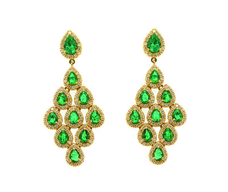 Pendientes en oro con esmeraldas