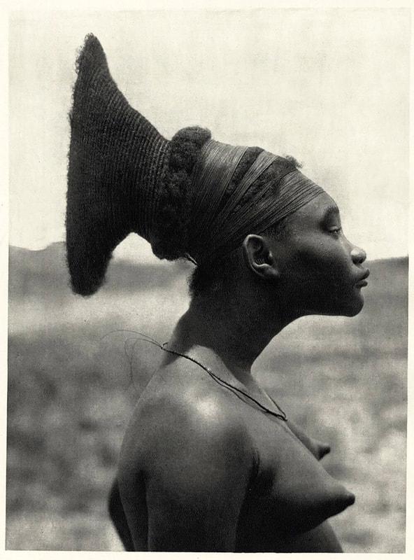 Nobosudru, favorite du chef de la tribu Mangbetu, image ©FBazin