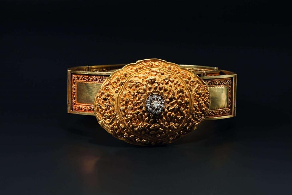 Goldener, diamantenbesetzter Schmuckgürtel, Indien, 1. Hälfte 20. Jhdt. Limit: 17.000 EUR