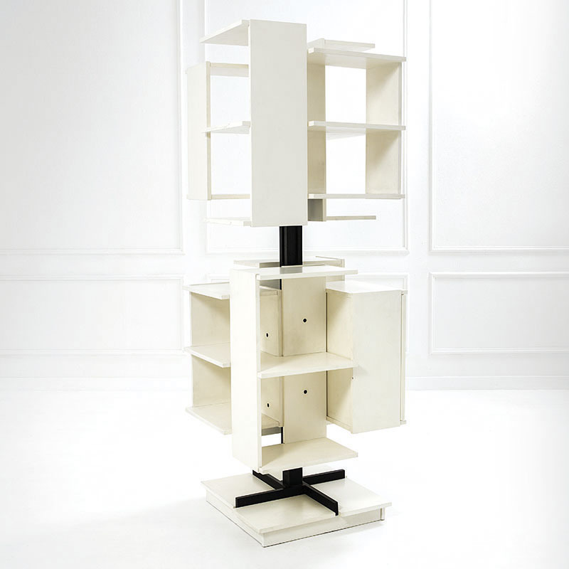 Claudio Salocchi, revolving bookshelf mod. Center, Prod. Sormani, 1960 ca. Estimate: 6-8.000 euros.