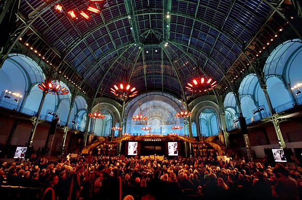 Trois jours d'enchères se succèdent au Grand Palais à Paris Image: Jacques Brinon/AFP
