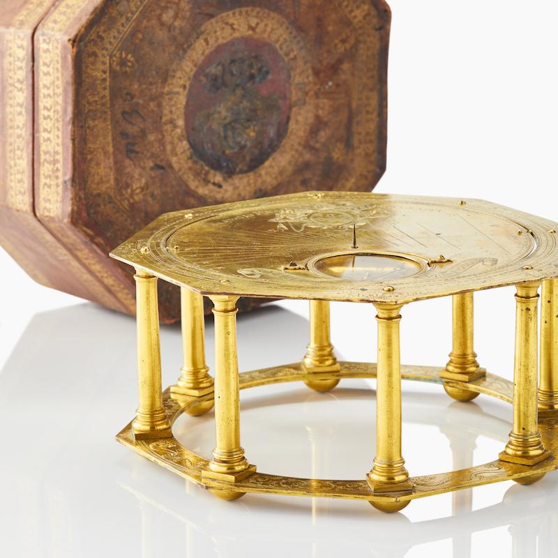 Det astronomiska uret är ett ytterst sällsynt föremål, och är en riktig raritet i samlarkretsar