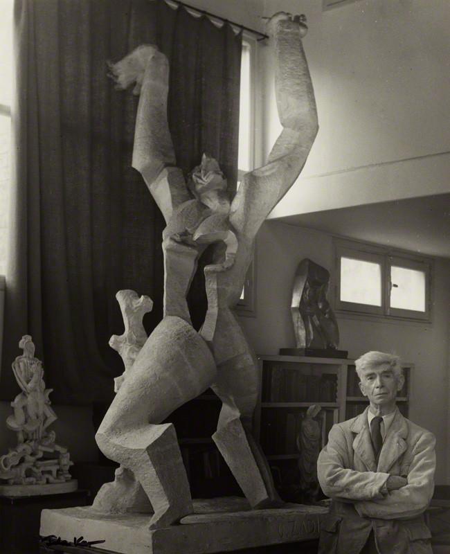 Ossip Zadkine par Ida Kar, 1954 © Centre de recherche Zadkine