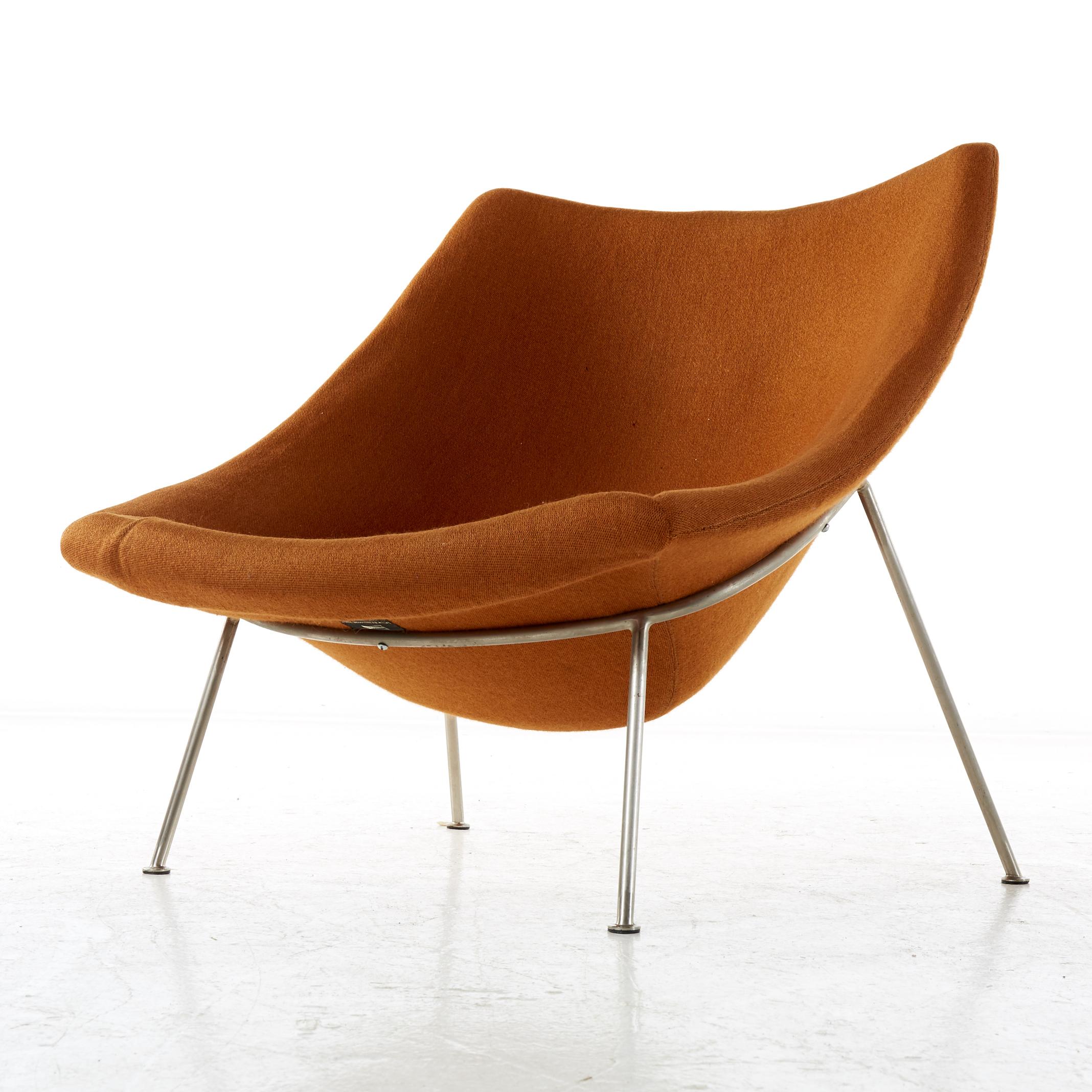 Layered fåtölj orange Stockholms Auktionsverk Barnebys