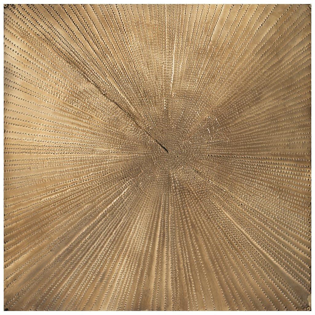 MATHIAS GOERITZ (1915-1990) - Mensaje, perforiertes Goldmetallblech, 70x70 cm, ca. 1970 Startpreis: 1.800.000 MXN (ca. 83.153 EUR)