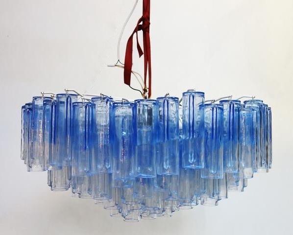 Ljuskronan 'Calza', Ludovico Diaz de Santillana för Venini. Bild: galeriepierremahaux.com