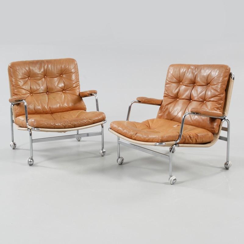 Paar Stühle Karin von Bruno Mathsson. 2016 verkauft für ca. 1.200 Euro   Foto: Bukowskis