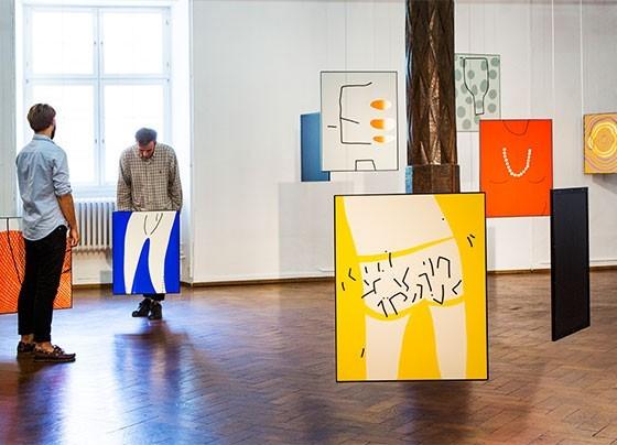 Cornelia Bates Tiny Dancer Kunstverein Ulm, Vue de l'installation, 2015 Image via Cornelia Bates
