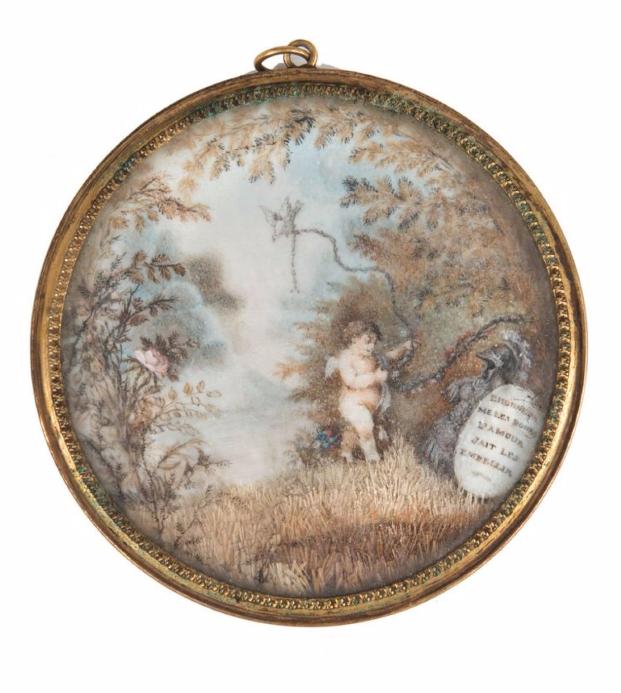 Miniature circulaire représentant un amour dans un paysage avec l'inscription: «L'honneur me les donne, l'amour sait les embellir». Epoque romantique Leclere