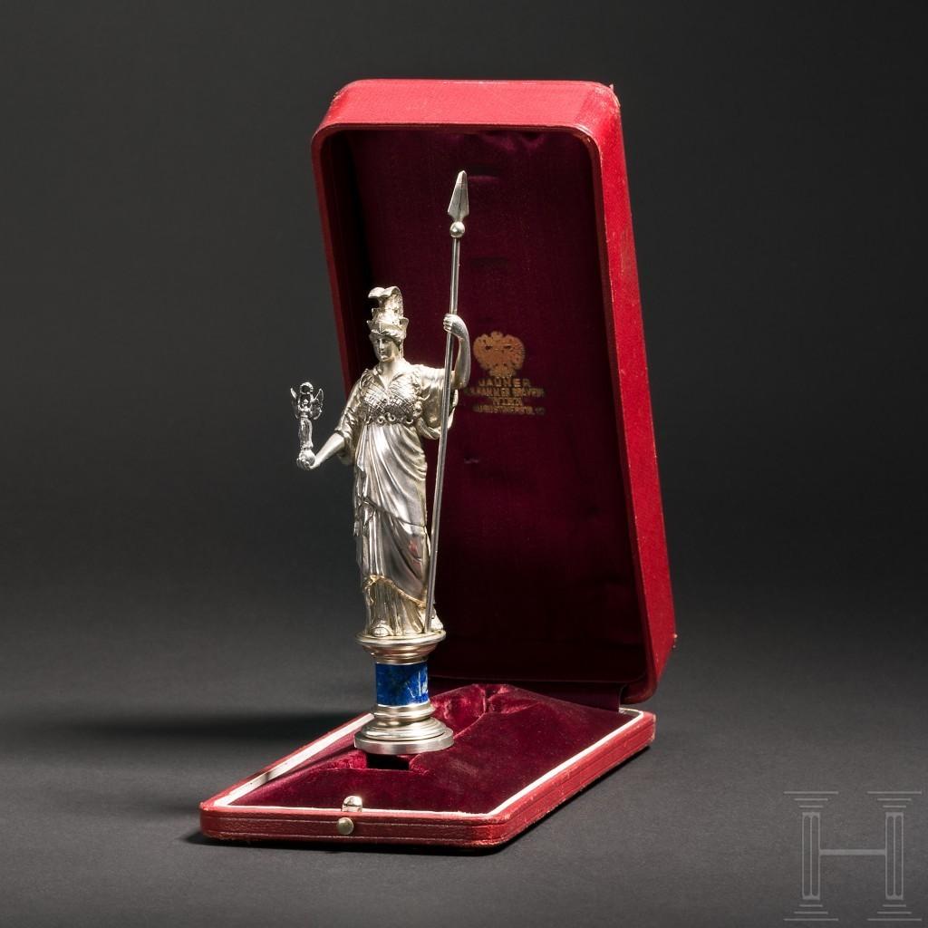 Sigillo d'argento realizzato dall'incisore Heinrich Jauner Chamber, Vienna, 1889 circa, appartenuto all'Imperatrice Elisabetta d'Austria. Foto: Hermann Historica