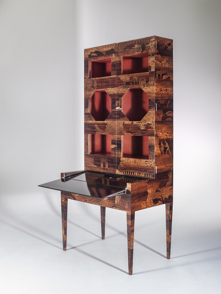 Uno Åhréns mästerliga möbel som visades på Parisutställningen 1925. Nyinköpt för nyöppningen