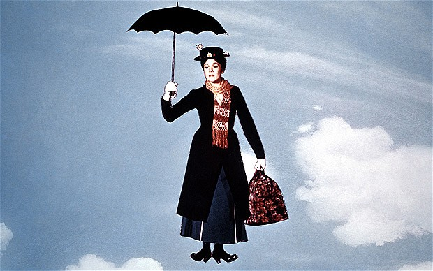 Mary Poppins interprétée par Julie Andrews  Image via The Telegraph