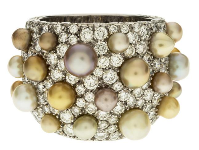 Michele Della Valle Large bague en platine pavée de diamants taille brillant et ponctuée de perles de couleurs nuancées