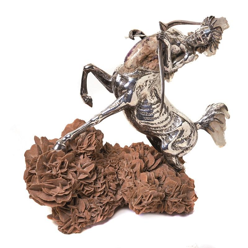 AMADOR BRAOJOS. Sagitario. Escultura en plata, amatista y cuarzo blanco sobre base en rosa del desierto. Firmada y numerada 4/7. Altura: 42,5 cm.
