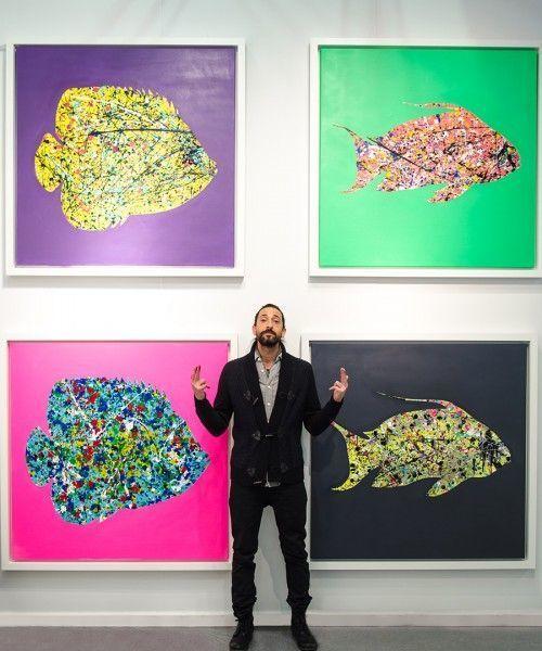 Adrien Brody tillsammans med sin serie Hooked.