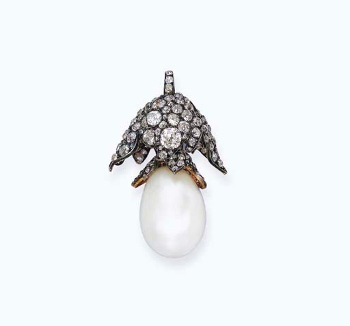 La Perle Régente ou Perle Napoléon, image ©Christie's