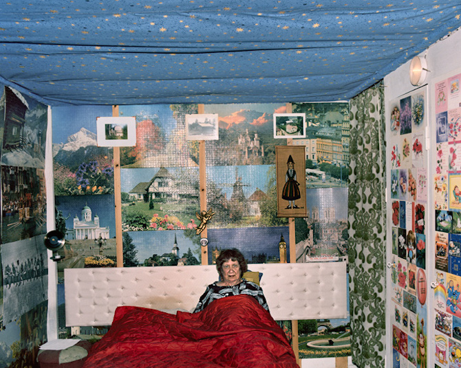 Ur fotoserien Unkometso. Bild via aapohuhta.com