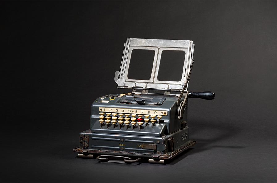 Machine de chiffrement à clé 41 (SG-41) de Wanderer Werke, Chemnitz, image © Hermann Historica