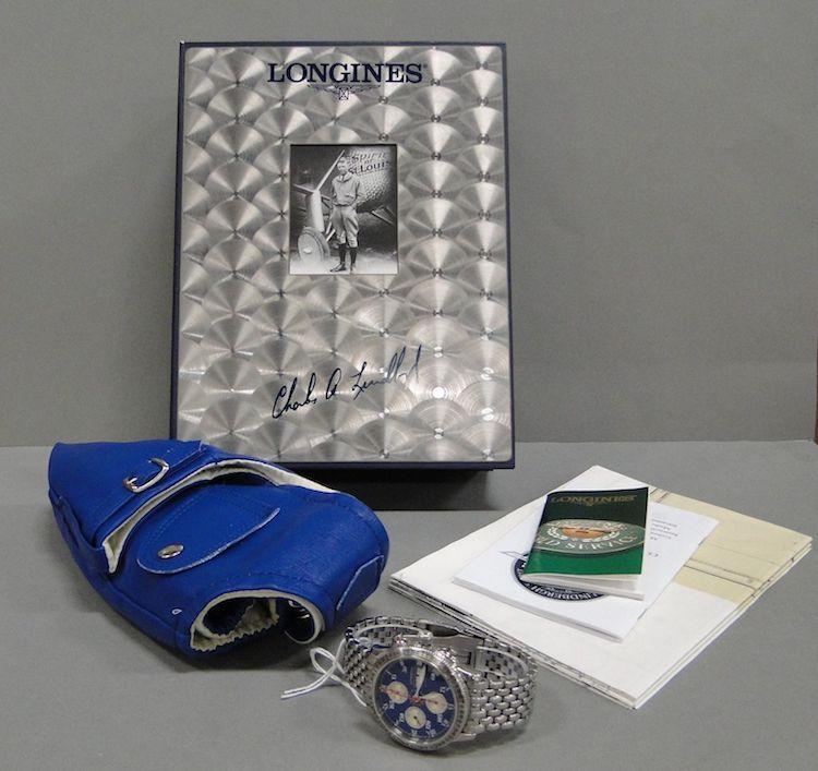 Longines, herrur, Lindbergh Spirit collection, chronograph automatic date, mod.nr. 62184 ref.nr. 28426956 D4,2cm, etui med certifikat. Utropspris 8 000 SEK.